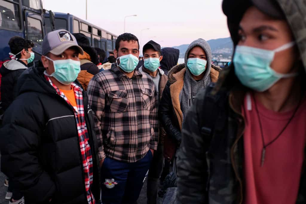 Catholic agencies urge moving refugees from Greece to avoid pandemic disaster