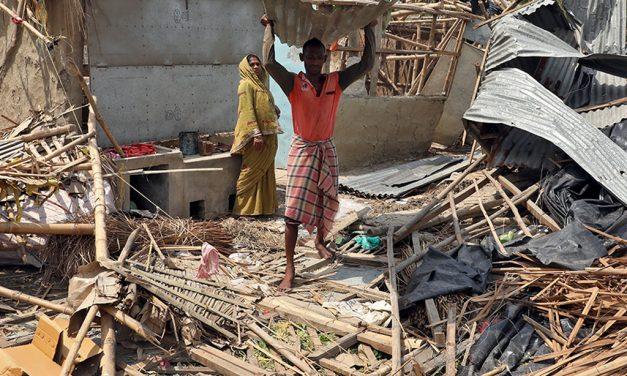 India's cyclone death toll rises to 80