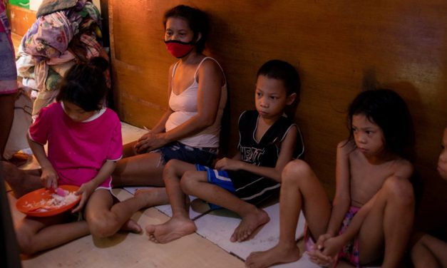 Philippine archdiocese tackles pandemic food woes