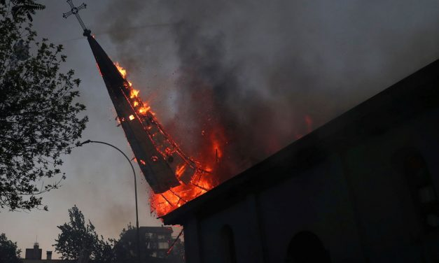 Protesters burn churches in Chile over inequality