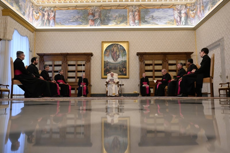 Pope Francis leads his general audience in the library of the Apostolic Palace at the Vatican April 28, 2021. The pope reflected on the theme of meditation as he continued his series of talks on prayer. (CNS photo/Vatican Media)