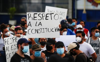 Salvadoran Lawmakers Remove Judges, Cause Chaos
