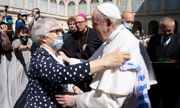 Darkness Does Not Mean the Devil Has Won, Pope Says