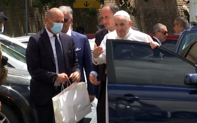 Pope Released from Hospital, Prays at Rome Basilica