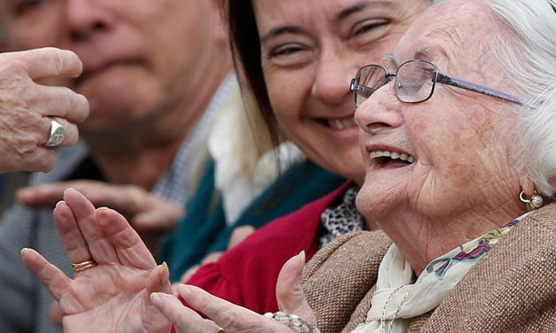 Grandparents, Elderly Provide Foundation for Future Generations, Pope Says
